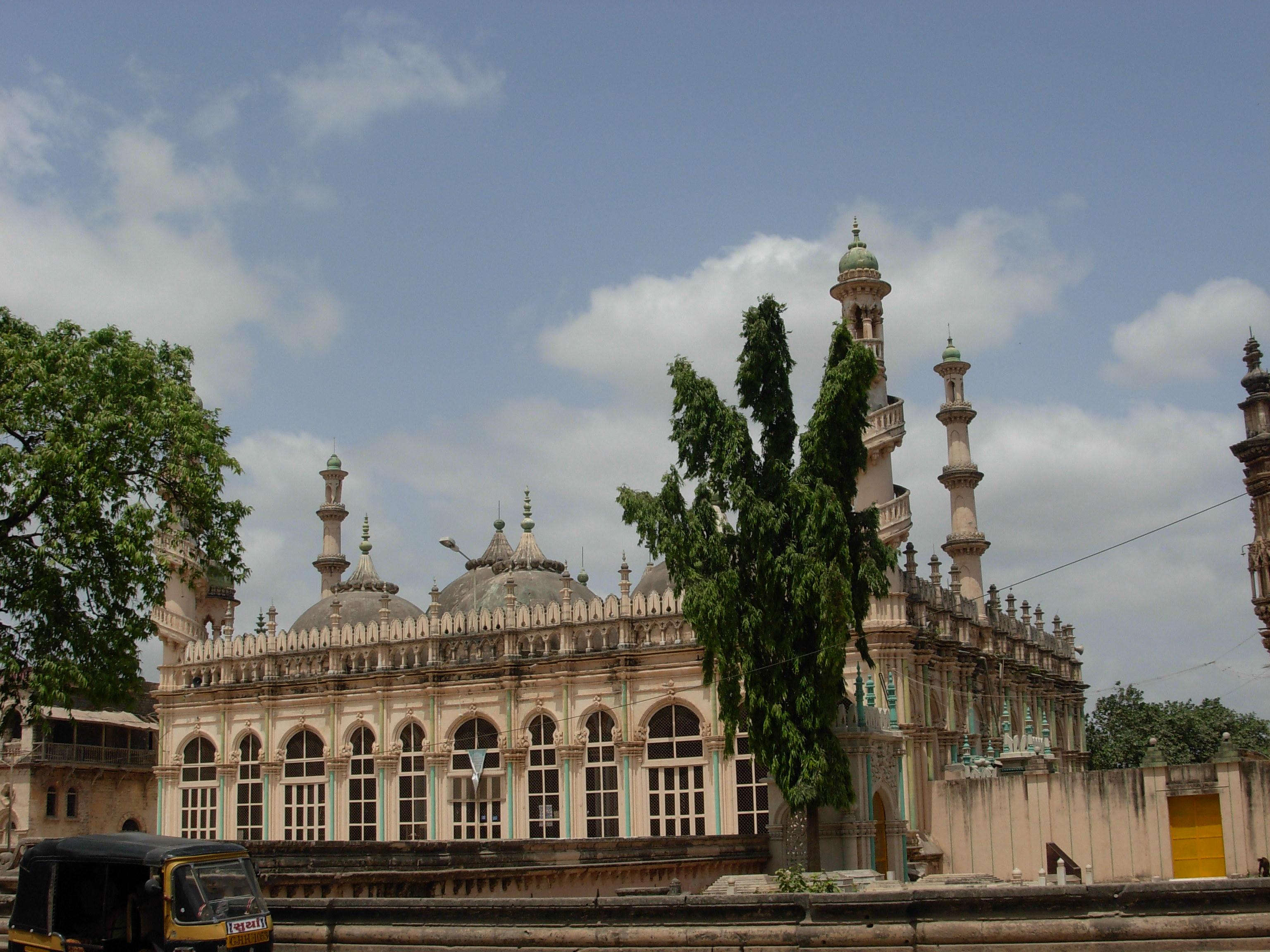 Date Shemales In Junagadh