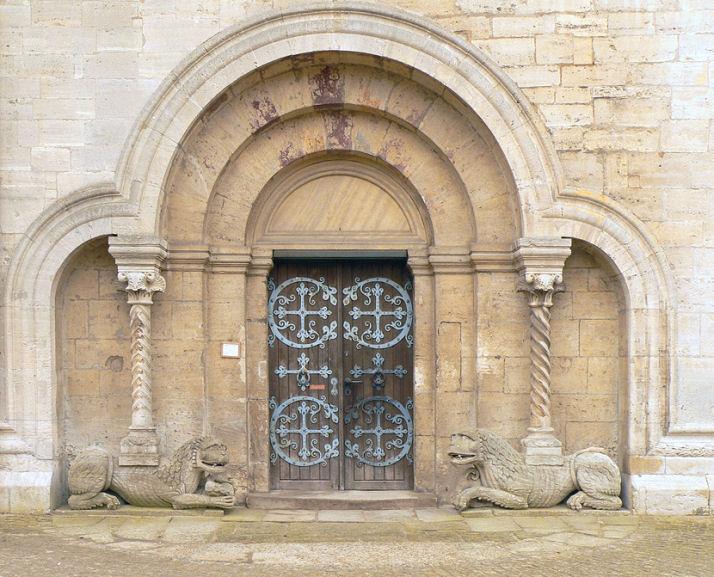 Löwen Portal