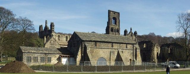 Kirkstall Abbey - geograph.org.uk - 140574