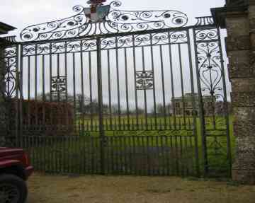 Lodge Park Sherborne ,Entrance gates - geograph.org.uk - 22579