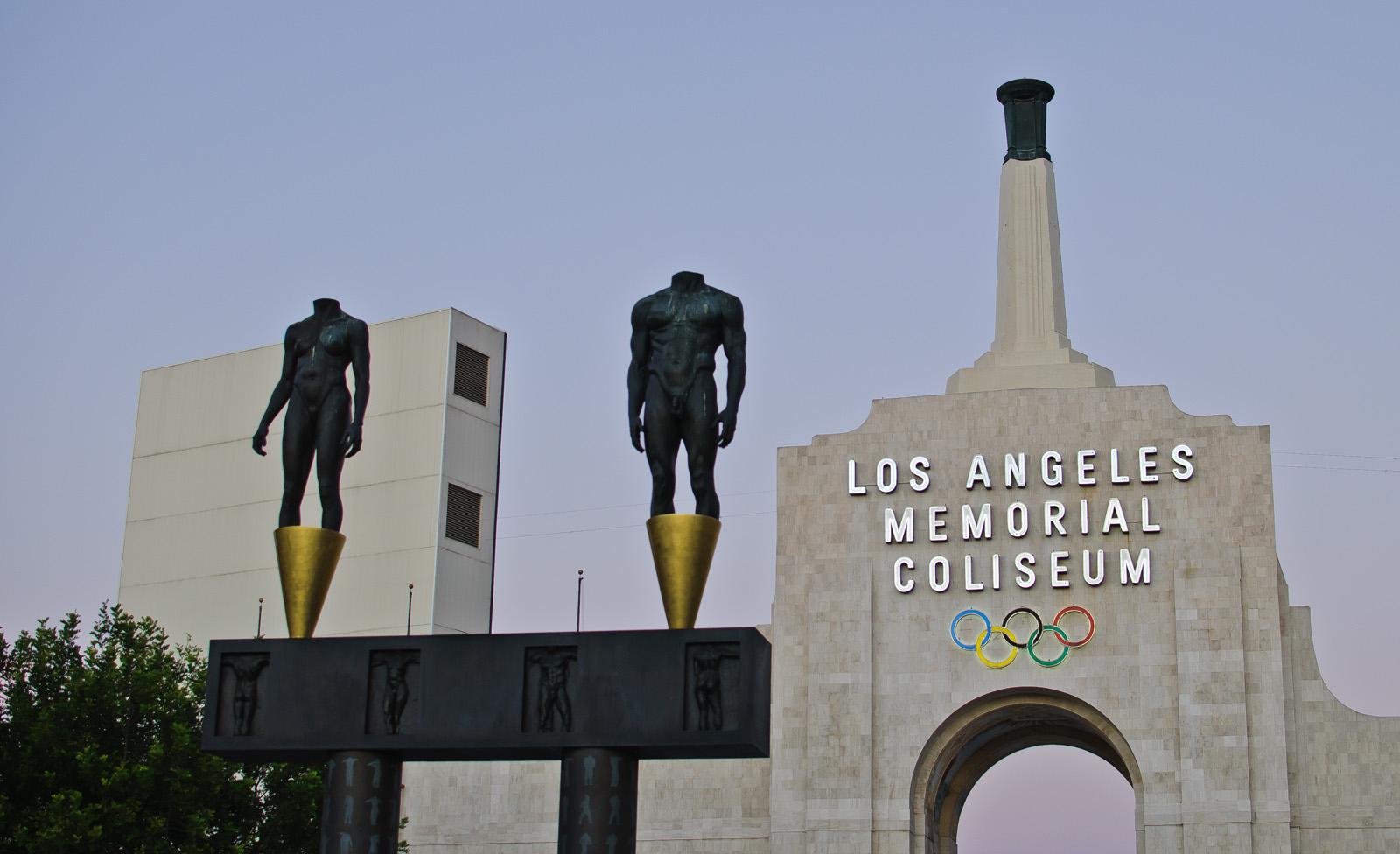LA Coliseum front entrance sculptures