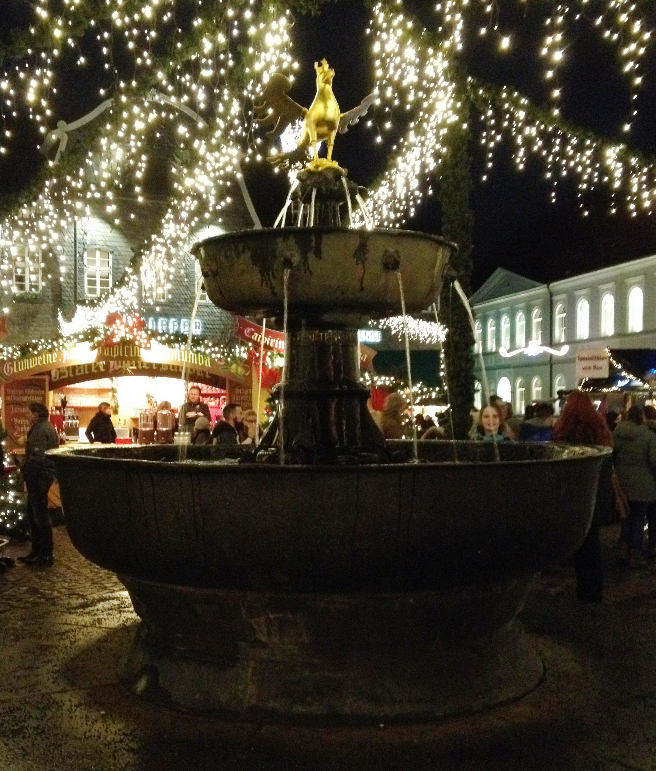 Goslar Weihnachtsmarkt.Datei Marktbrunnen Goslar Weihnachtsmarkt Jpg Wikipedia