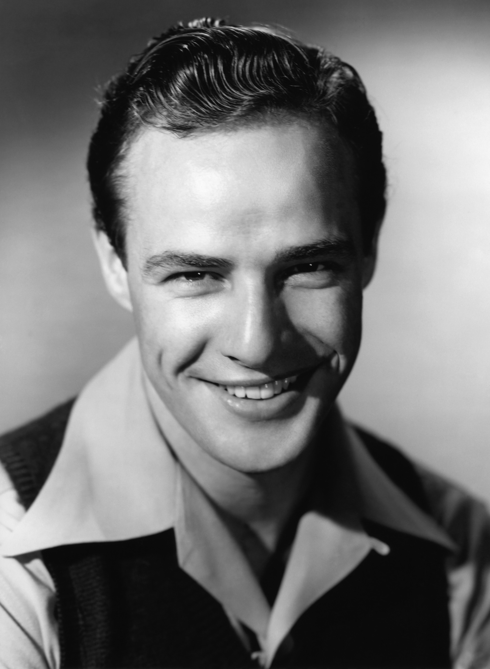 File:Marlon Brando in The Men.jpg - Wikimedia Commons