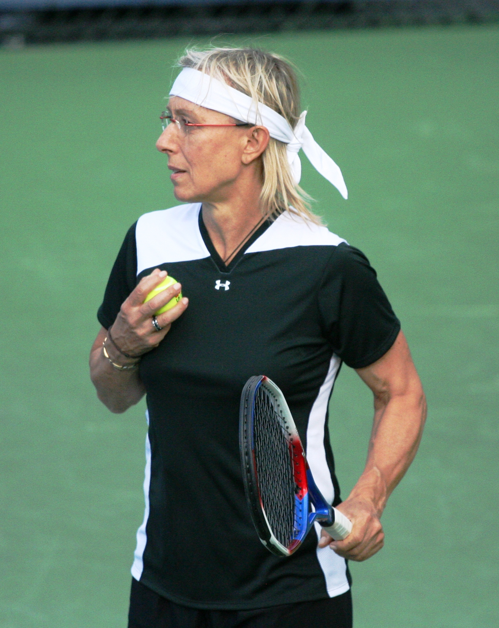 filemartina navrtilov at the 2010 us open 03jpg