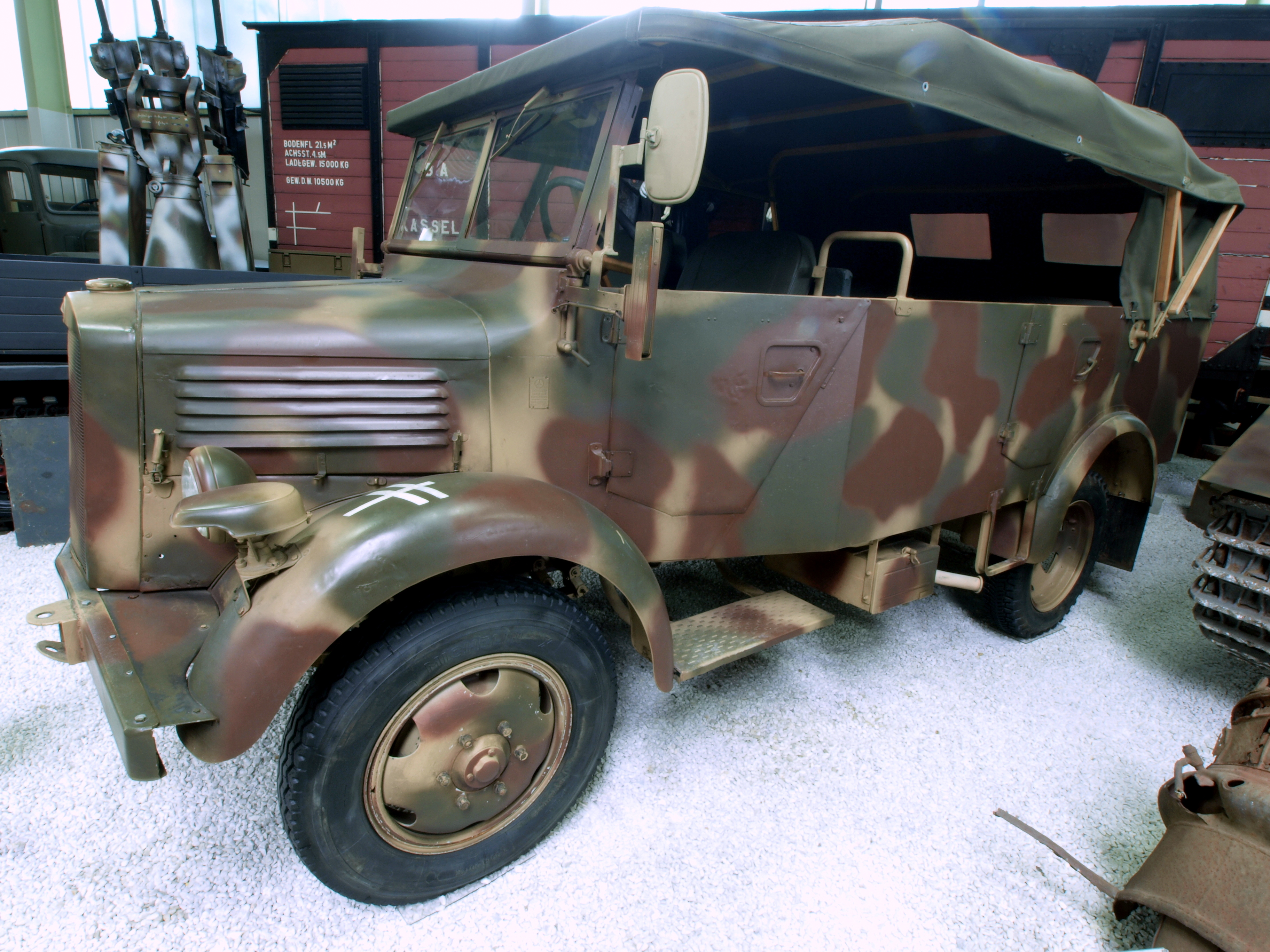 file:mercedes benz l 1500 a pic3 - wikimedia commons