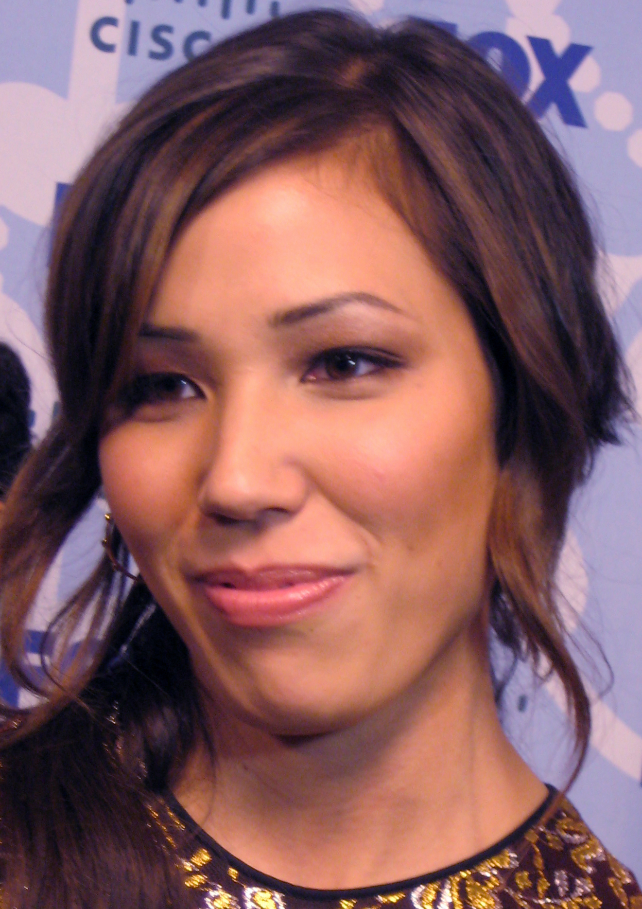 The 40-year old daughter of father Fran Conlin and mother Denise Conlin Michaela Conlin in 2018 photo. Michaela Conlin earned a  million dollar salary - leaving the net worth at 4 million in 2018