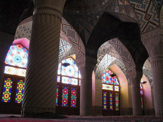 پرونده:Nasir Molk Shiraz 04.jpg