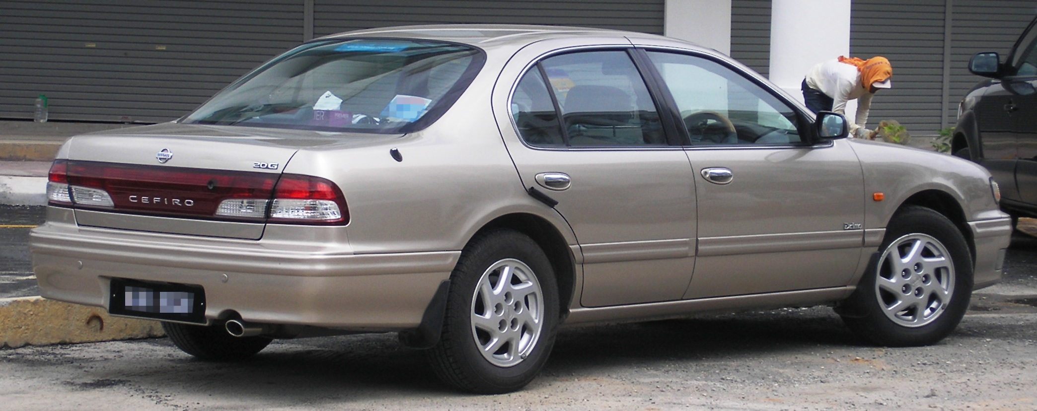 File Nissan Cefiro Second Generation First Facelift
