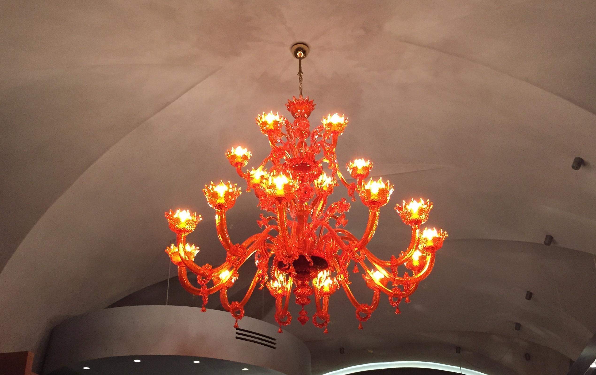 File Orange chandelier Wikimedia mons
