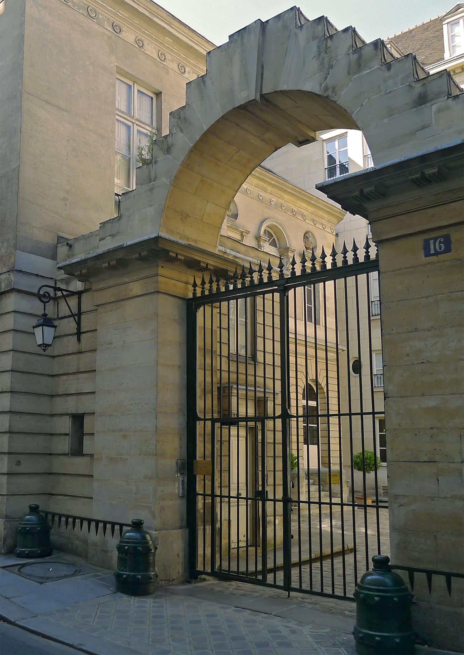 File P1190737 Paris Iii Rue Du Parc