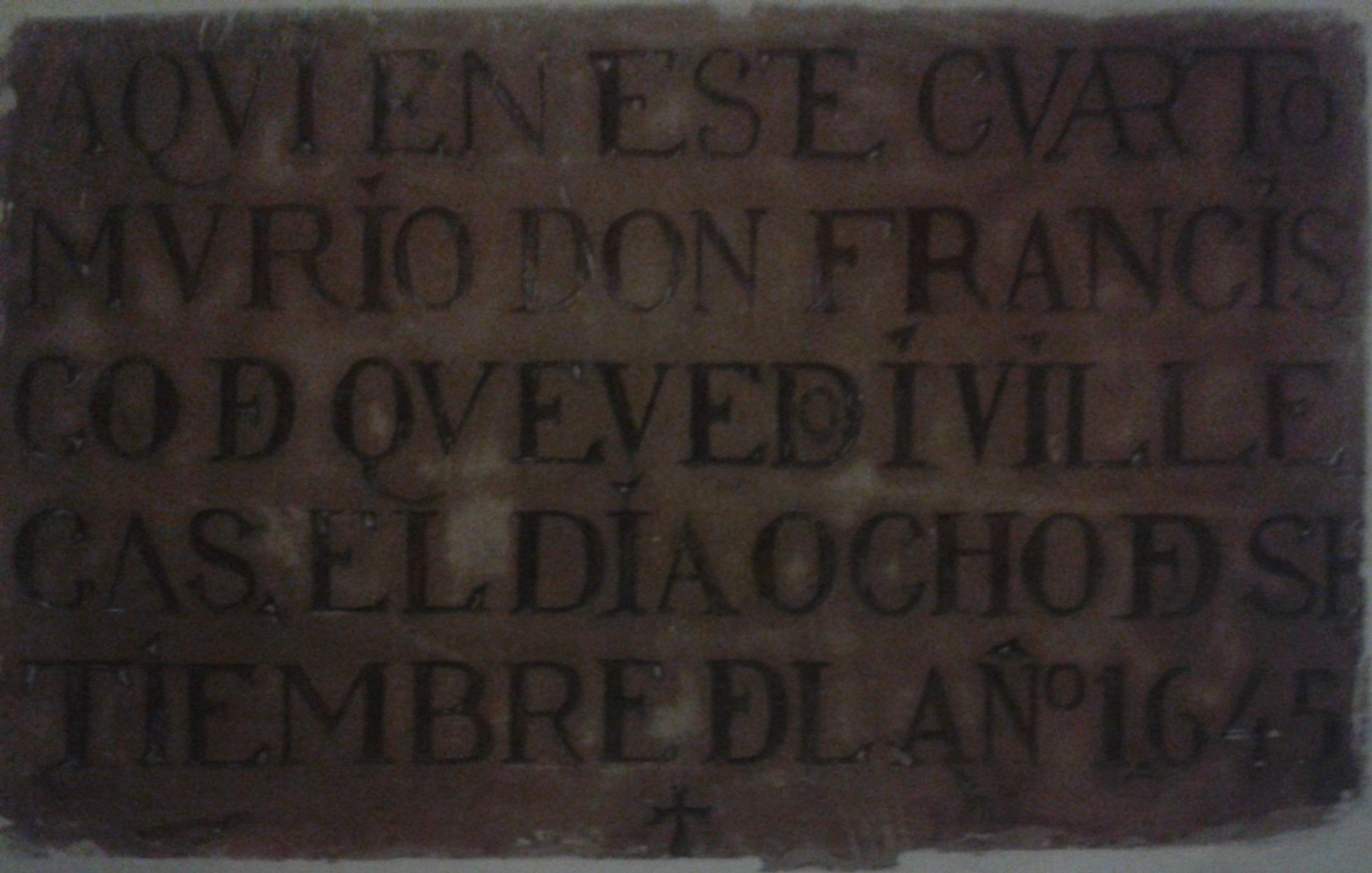 Placa conmemorativa de Quevedo en el convento dominico de Villanueva de los Infantes.