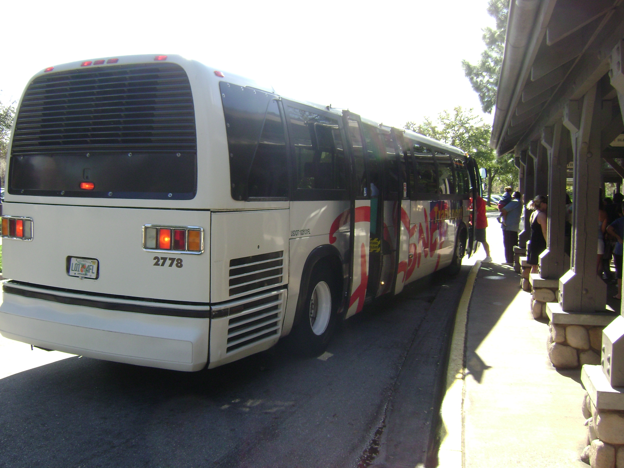file rts disney transport bus  1982 prototype   3140262730