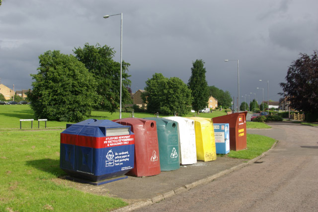File:Recycling Bins, Barton Seagrave - geograph.org.uk - 472396.jpg