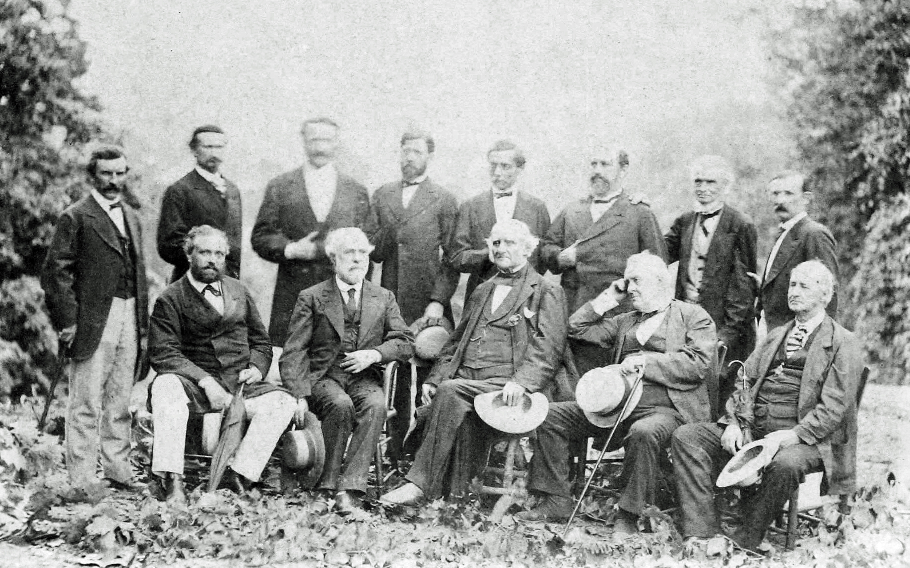 File:Robert E Lee with his Generals, 1869.jpg