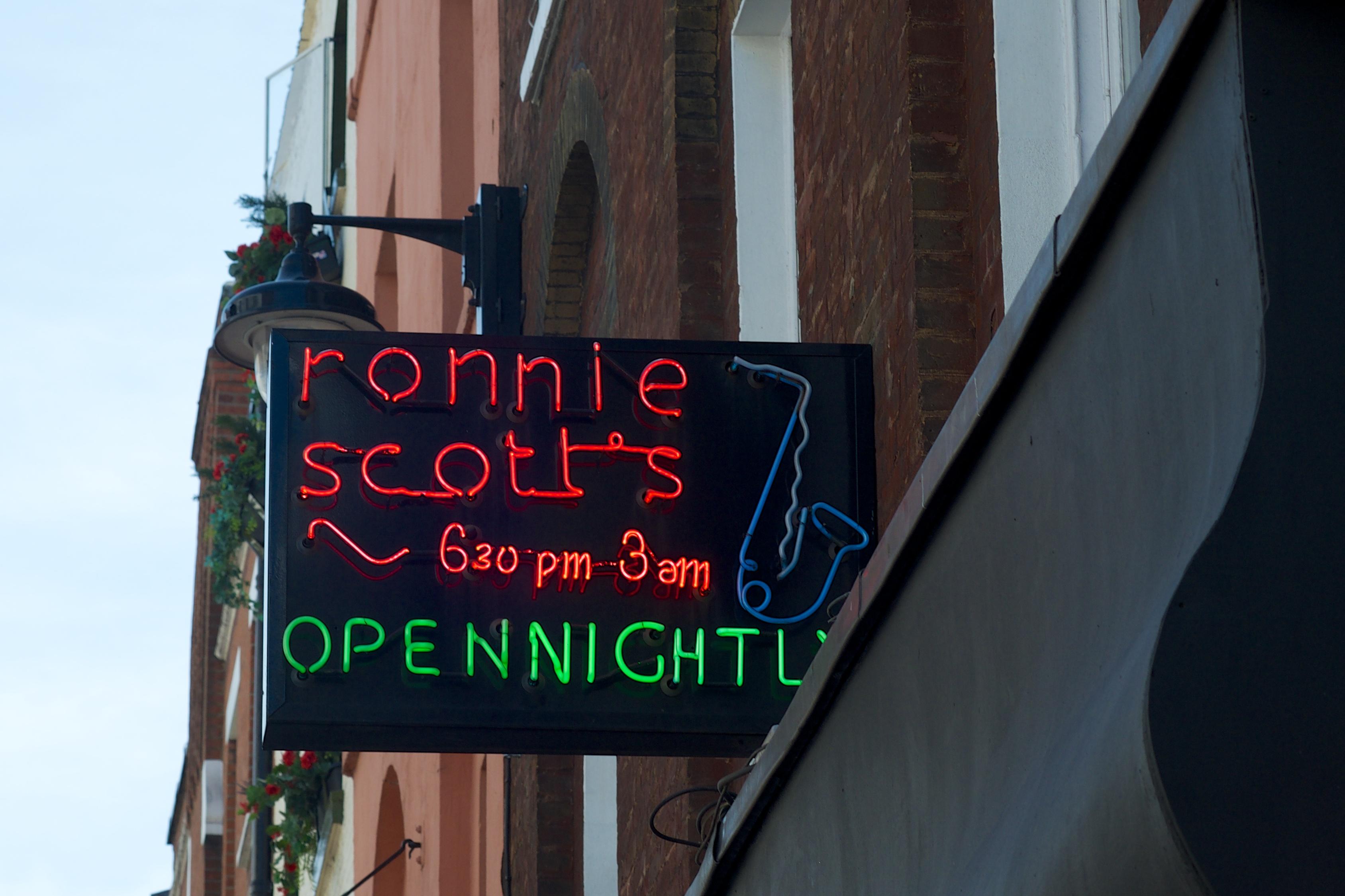 Ronnie Scott s Jazz Club - Wikipedia df58b20579