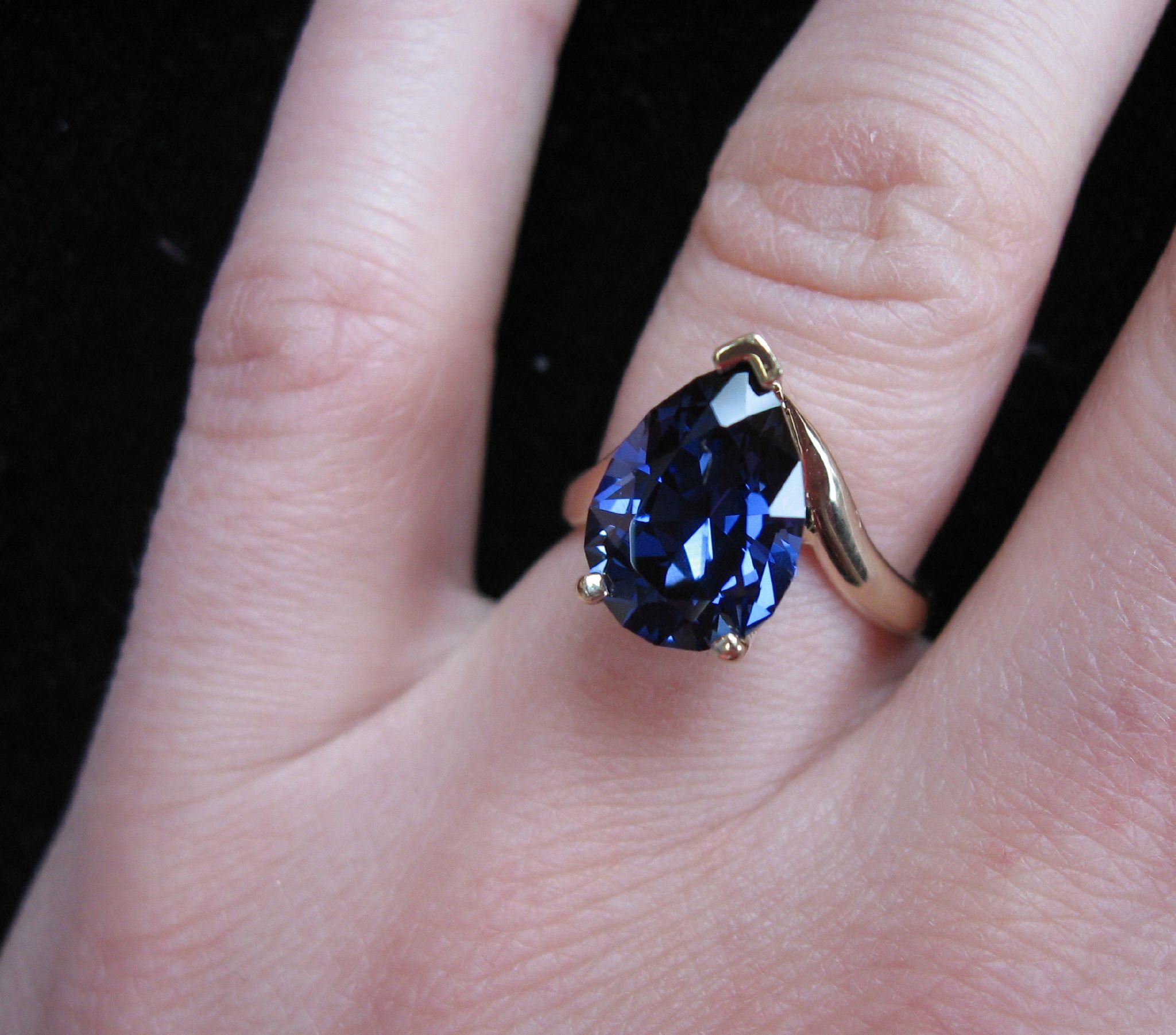Sapphire Gold Ring Uk