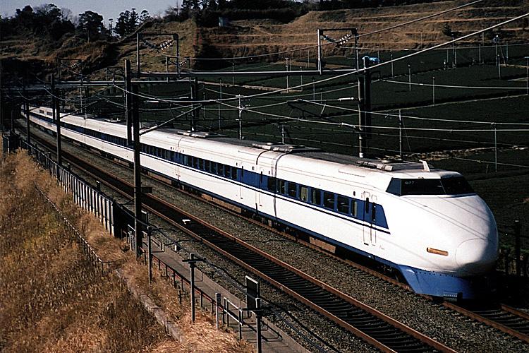 100系新幹線電車(2003年撮影)