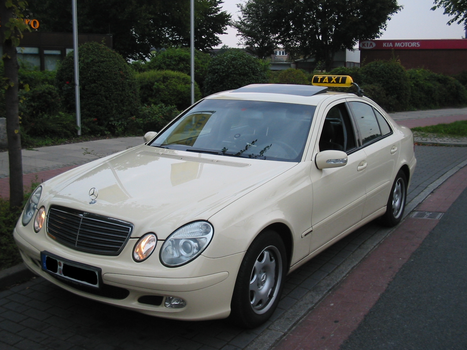 datei:taxi - mercedes e-klasse alternativ – wikipedia
