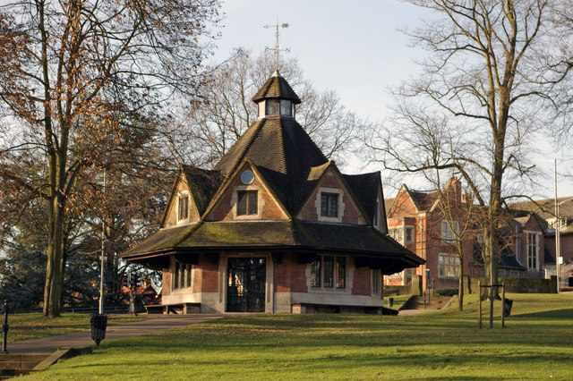 The Rest House, Bournville Village Green - geograph.org.uk - 319433