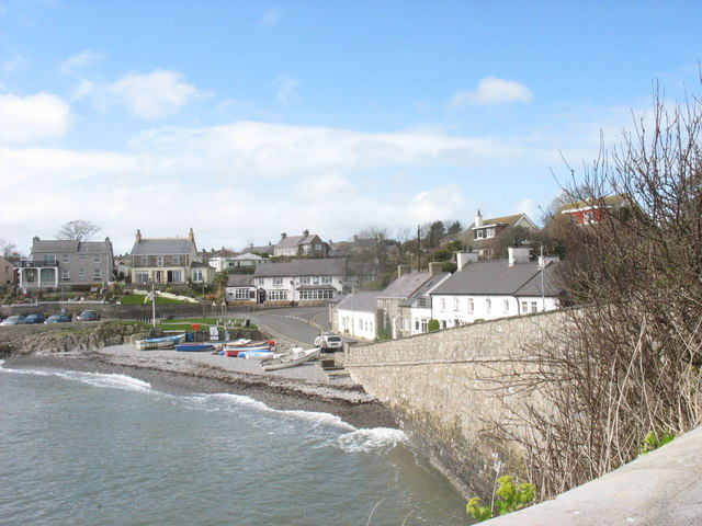 The beach at Porth Moelfre - geograph.org.uk - 1227747
