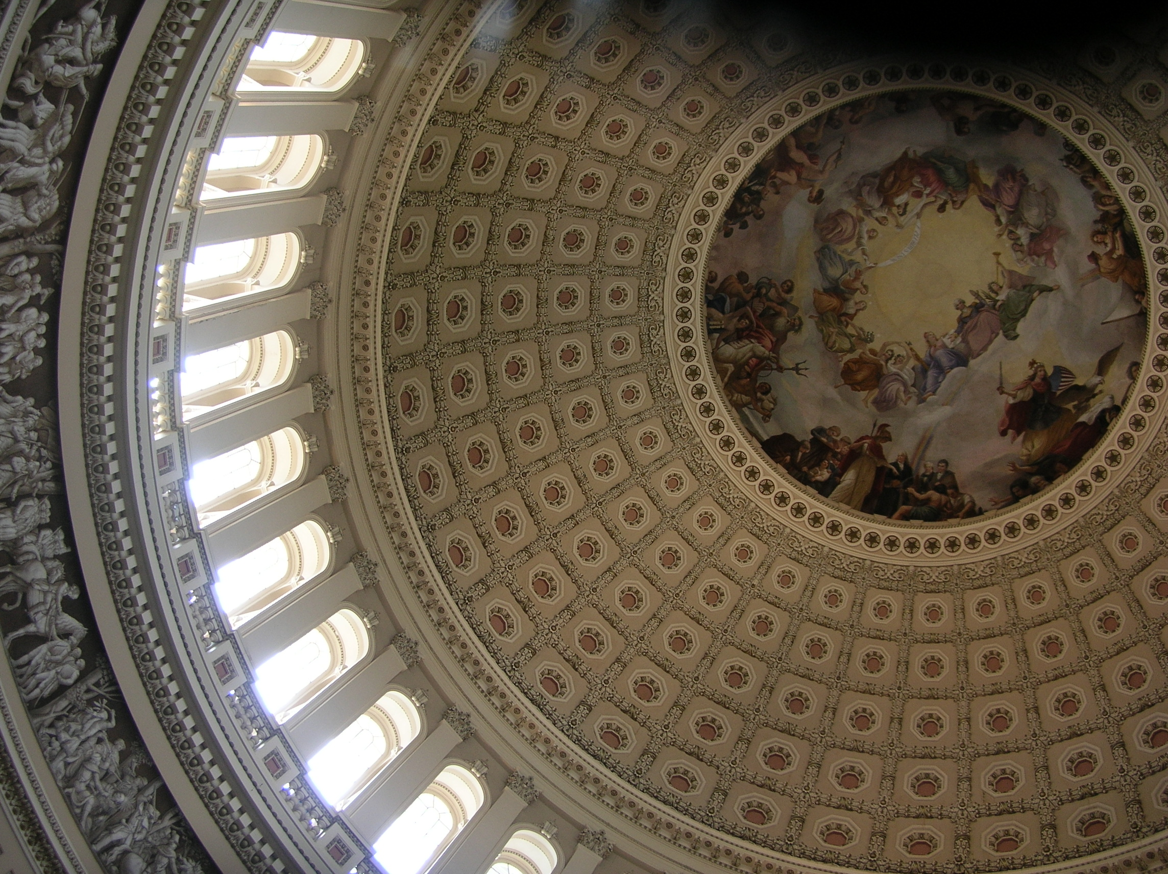 File:Top middle interior view of US Capitol dome 1.jpg ...