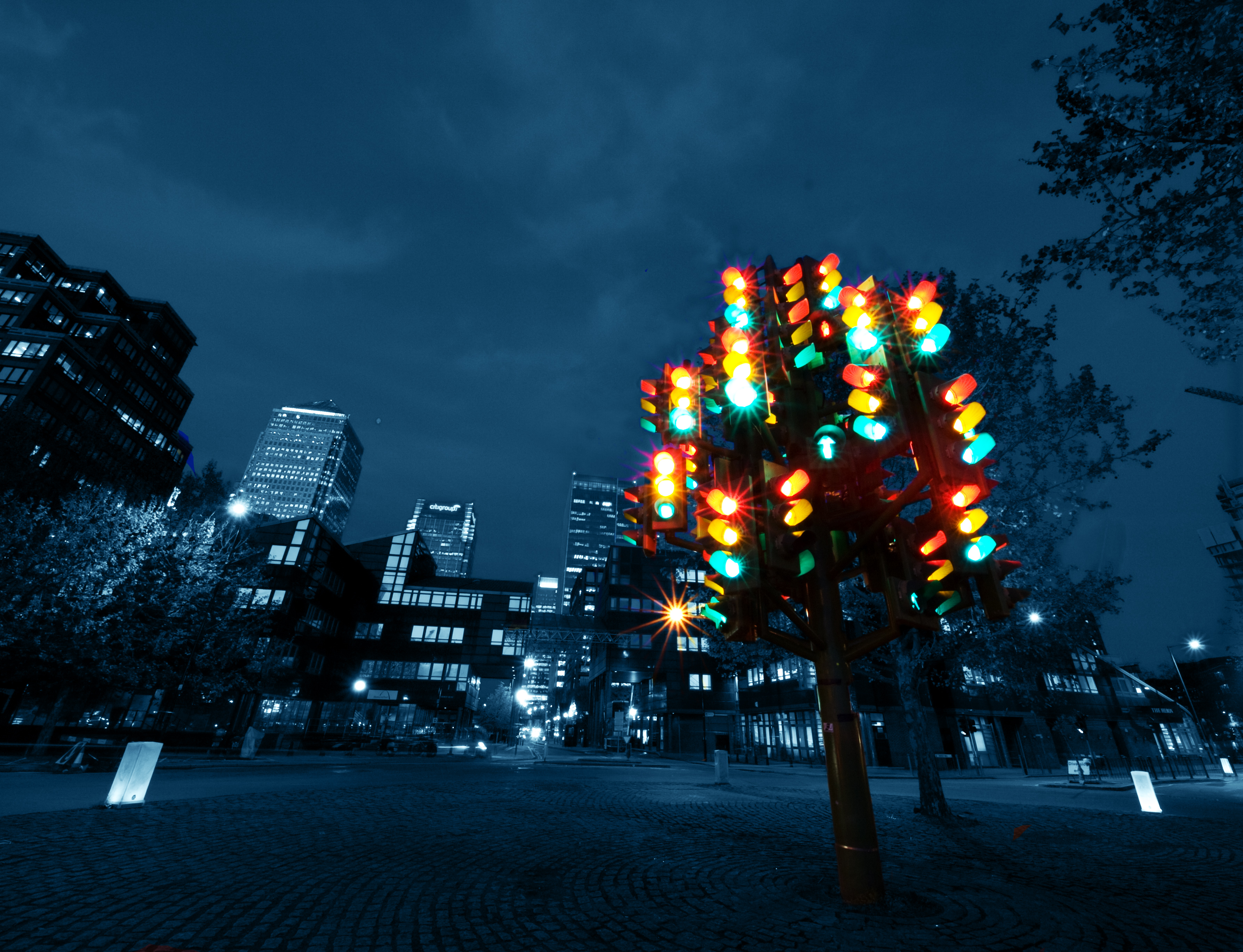 Traffic_Light_Tree.jpg