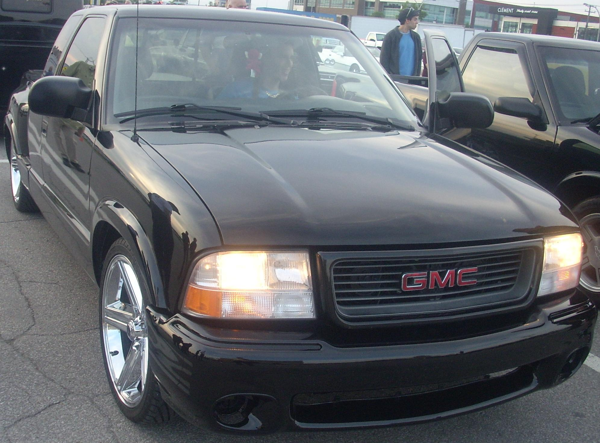 File Tuned Gmc Sonoma Extended Cab Les Chauds Vendredis 10 Jpg Wikimedia Commons