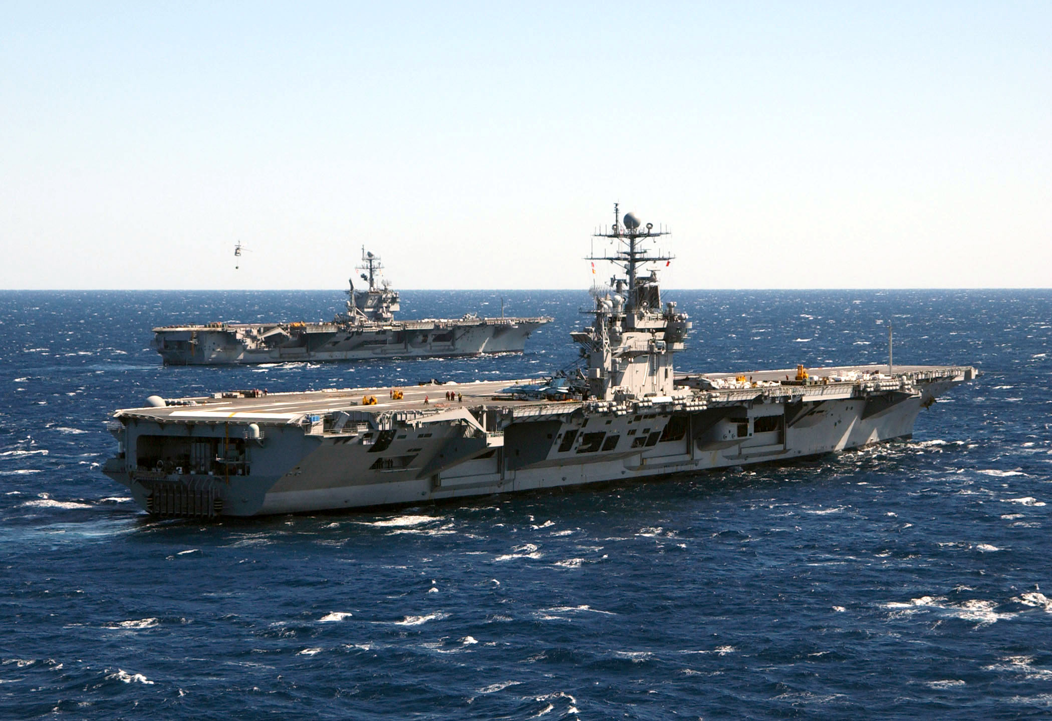 C 17 On Aircraft Carrier File:US Navy 050312-N-...