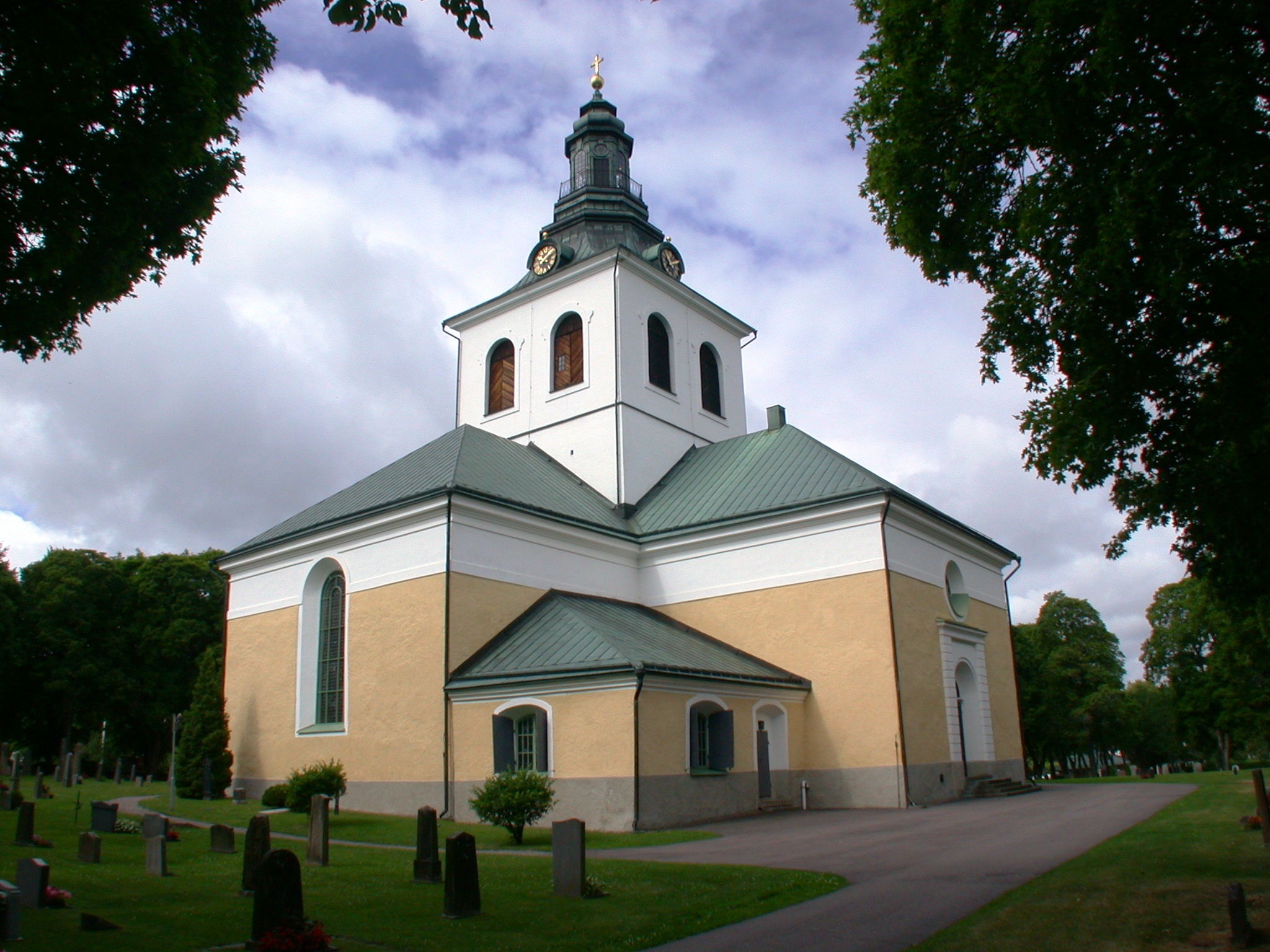 Vsterfrnebo-Flckebo frsamling - Svenska kyrkan