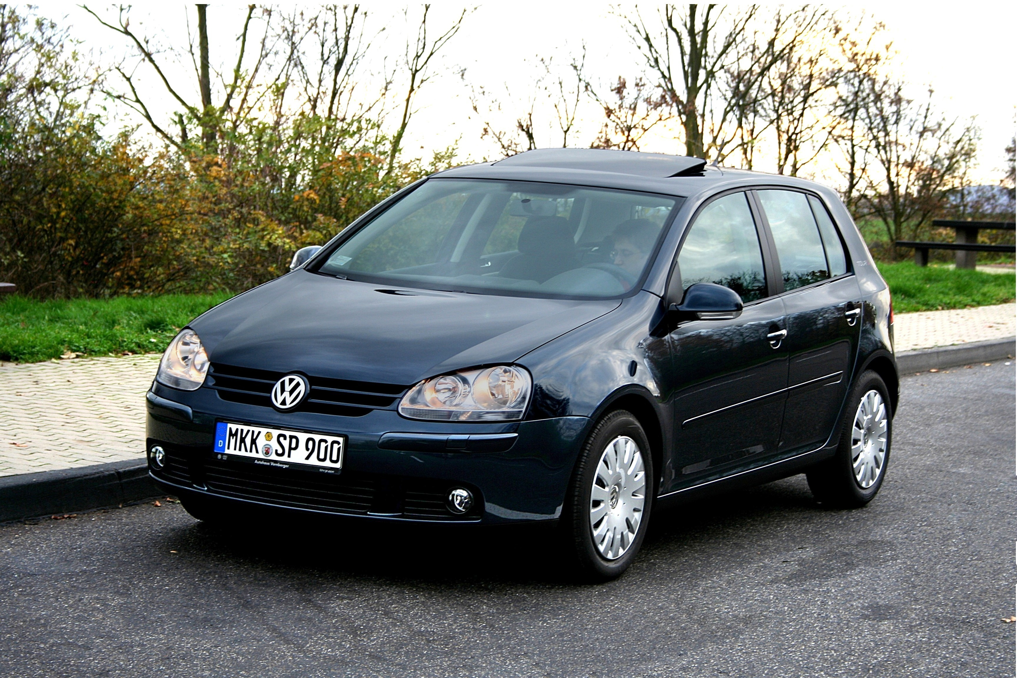 volkswagen golf v wikiwand. Black Bedroom Furniture Sets. Home Design Ideas