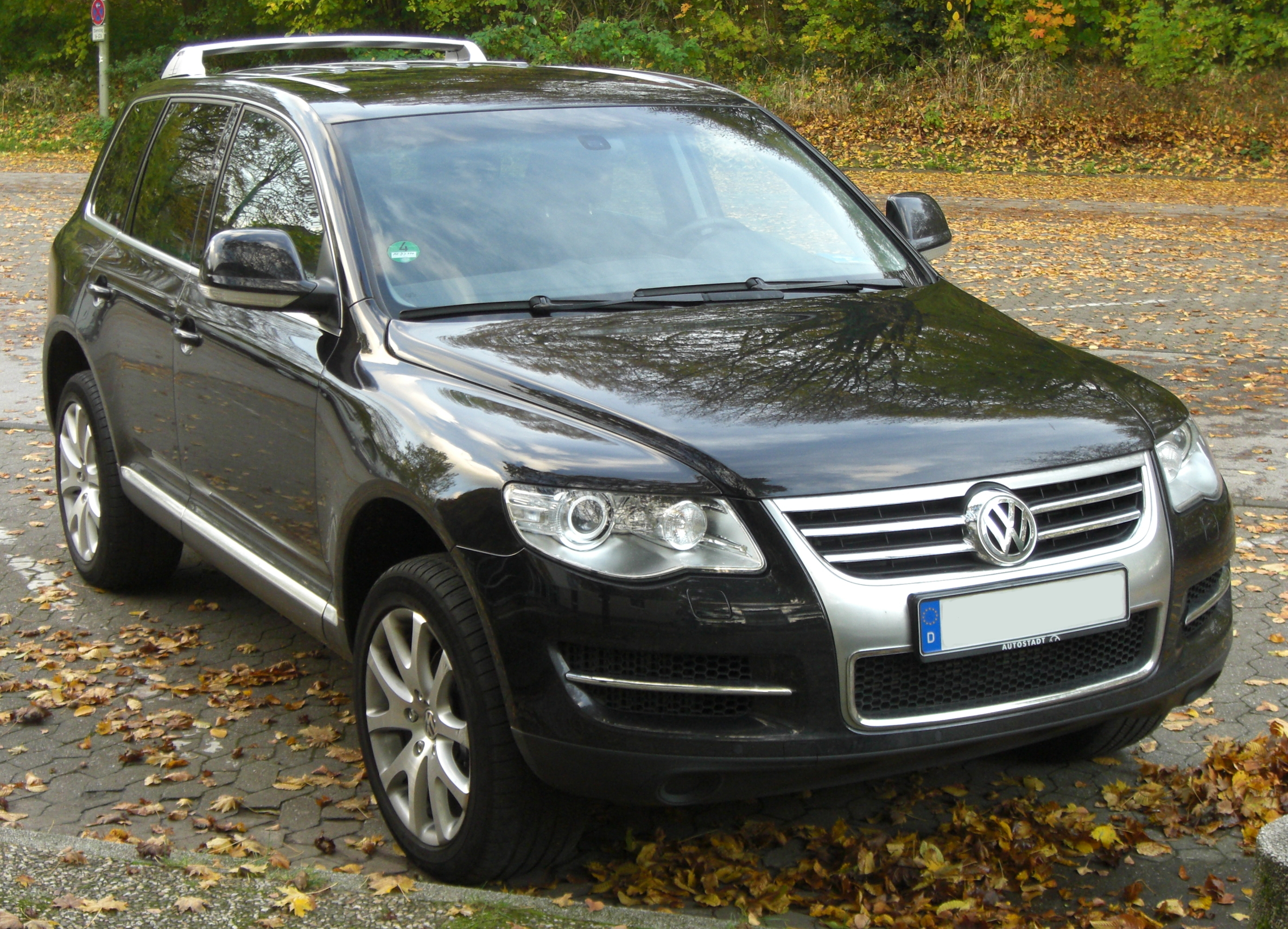 file vw touareg v10 tdi facelift seit 2007 front mj jpg wikimedia commons. Black Bedroom Furniture Sets. Home Design Ideas