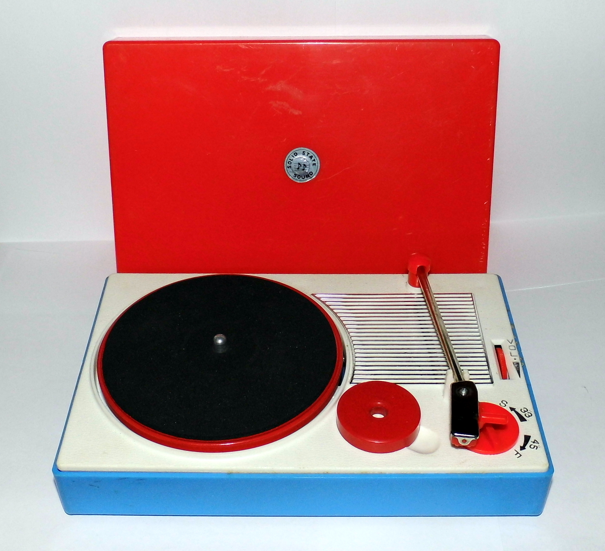 File Vintage Miniature Portable Record Player Solid State