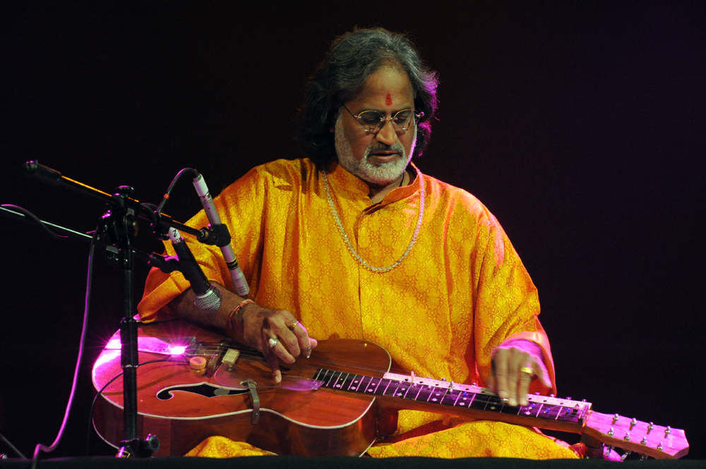 Vishwa Mohan Bhatt Vishwa Mohan Bhatt Photos 1