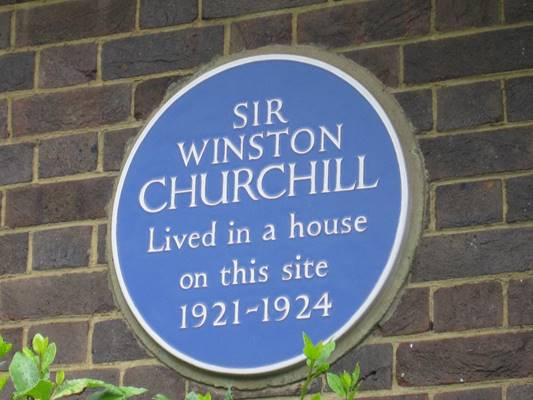 Winston Churchill blue plaque - Sir Winston Churchill lived in a house on this site 1921-1924
