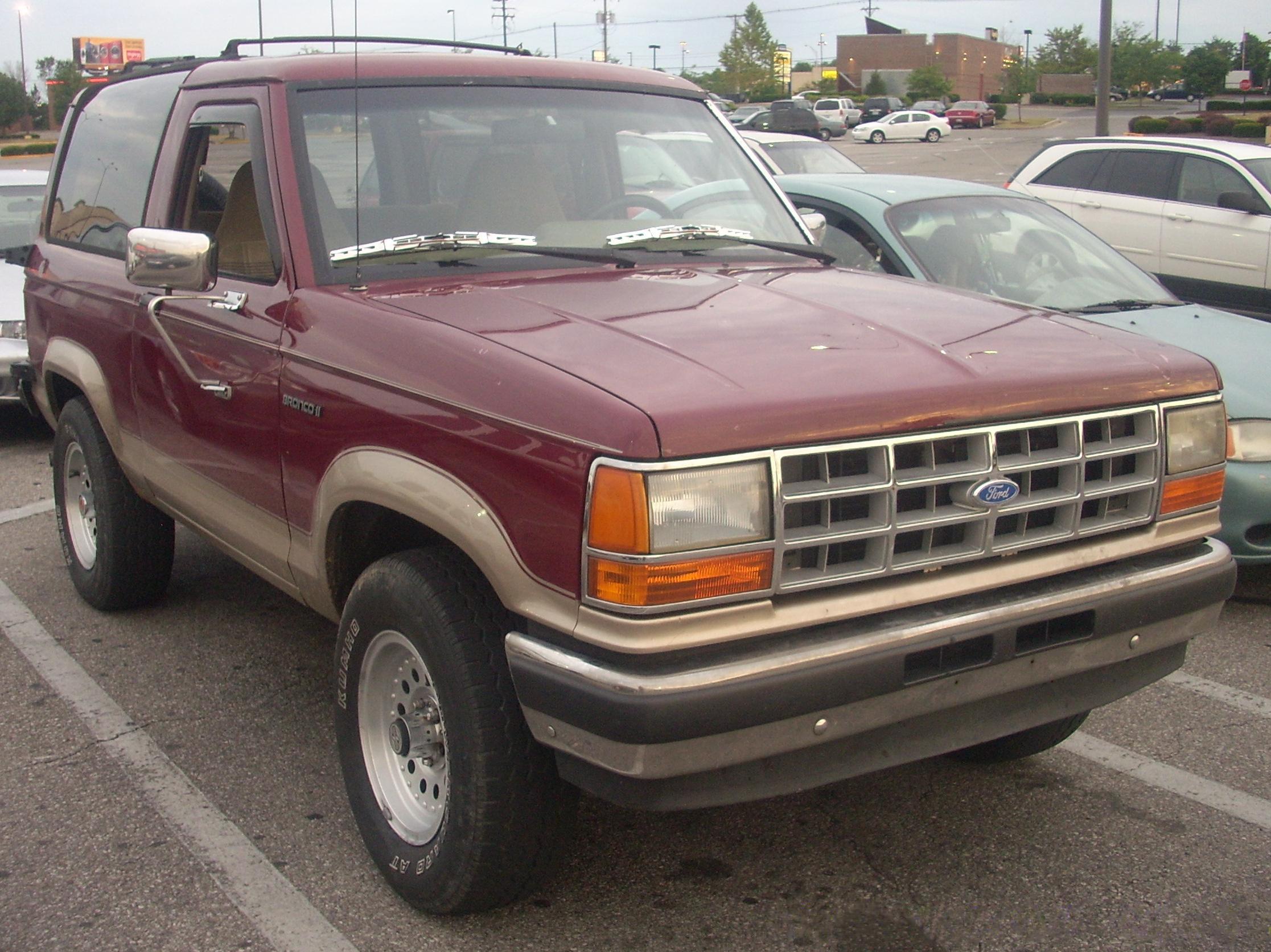 File:'89-'90 Ford Bronco II.JPG - Wikimedia Commons