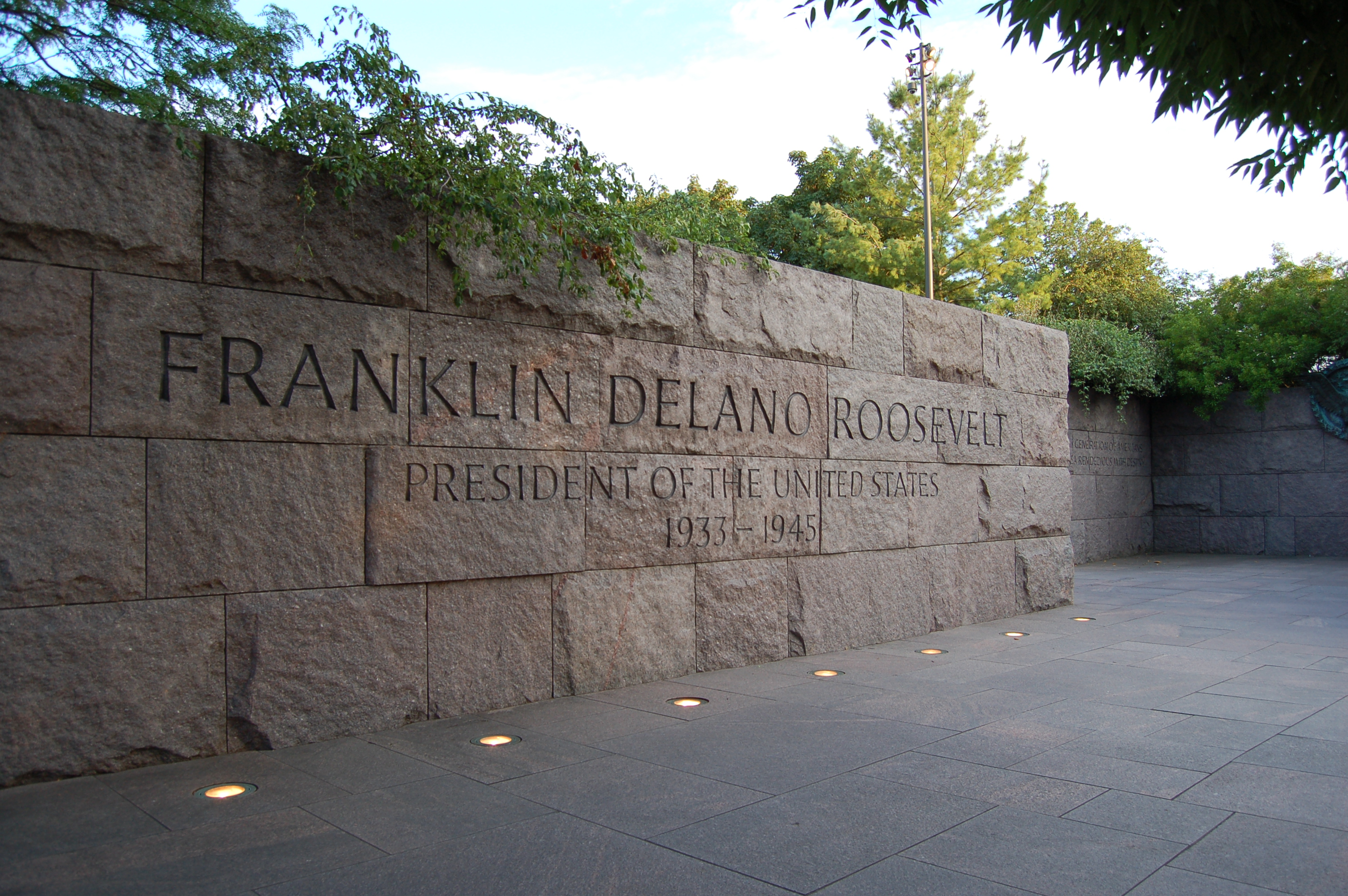 "a summary of the life and works of franklin roosevelt Robert dallek's ""franklin d roosevelt"" examines both the public and the private man."