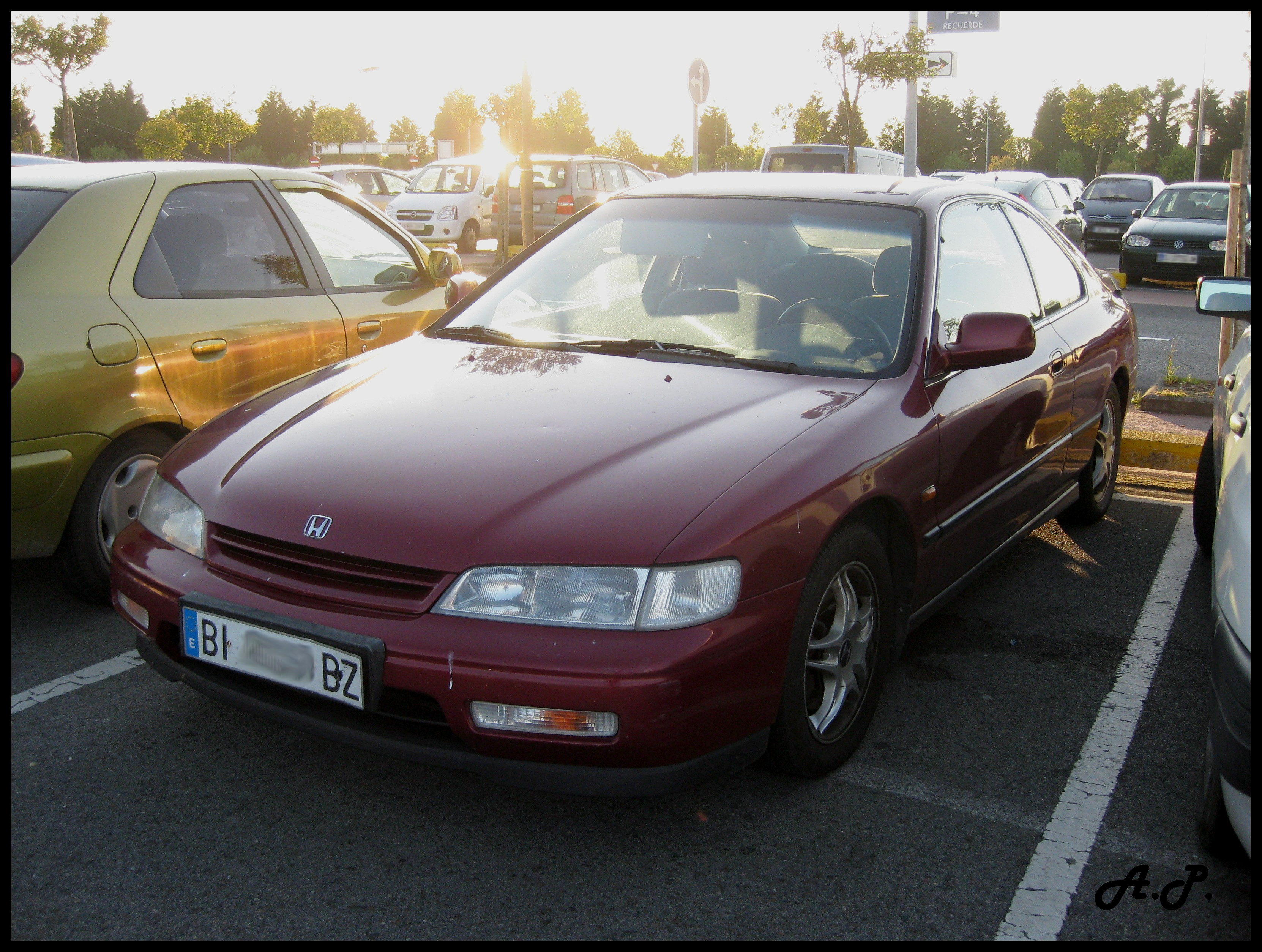 File:1996 Honda Accord Coupé (3747056888)
