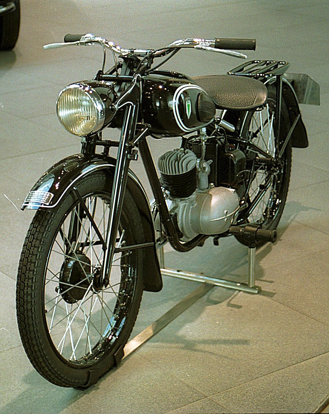 Dkw rt 125 wikipedia for Motor harley davidson museum