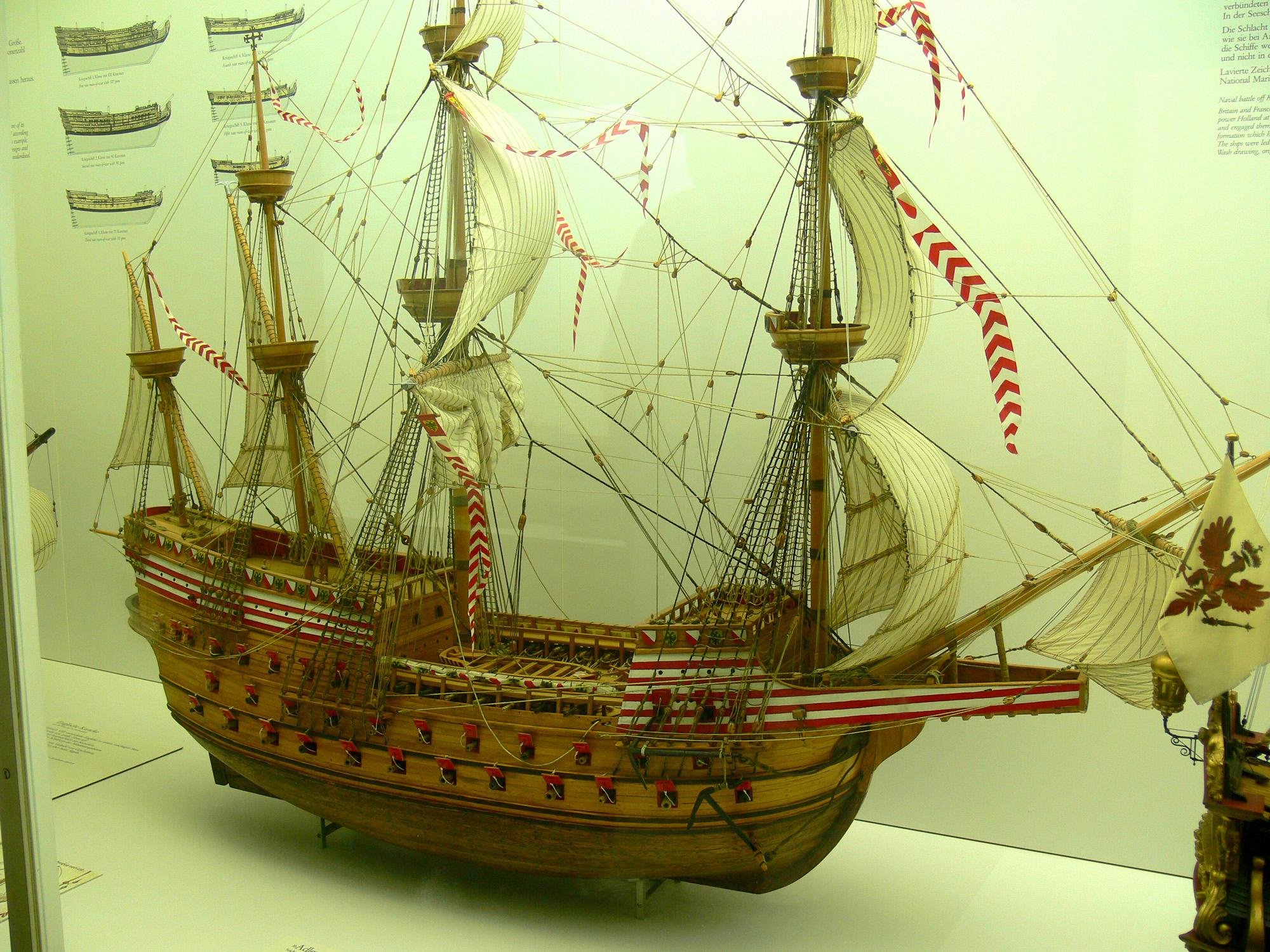 File Adler Von Lubeck Model Ship 04 Jpg Wikimedia Commons