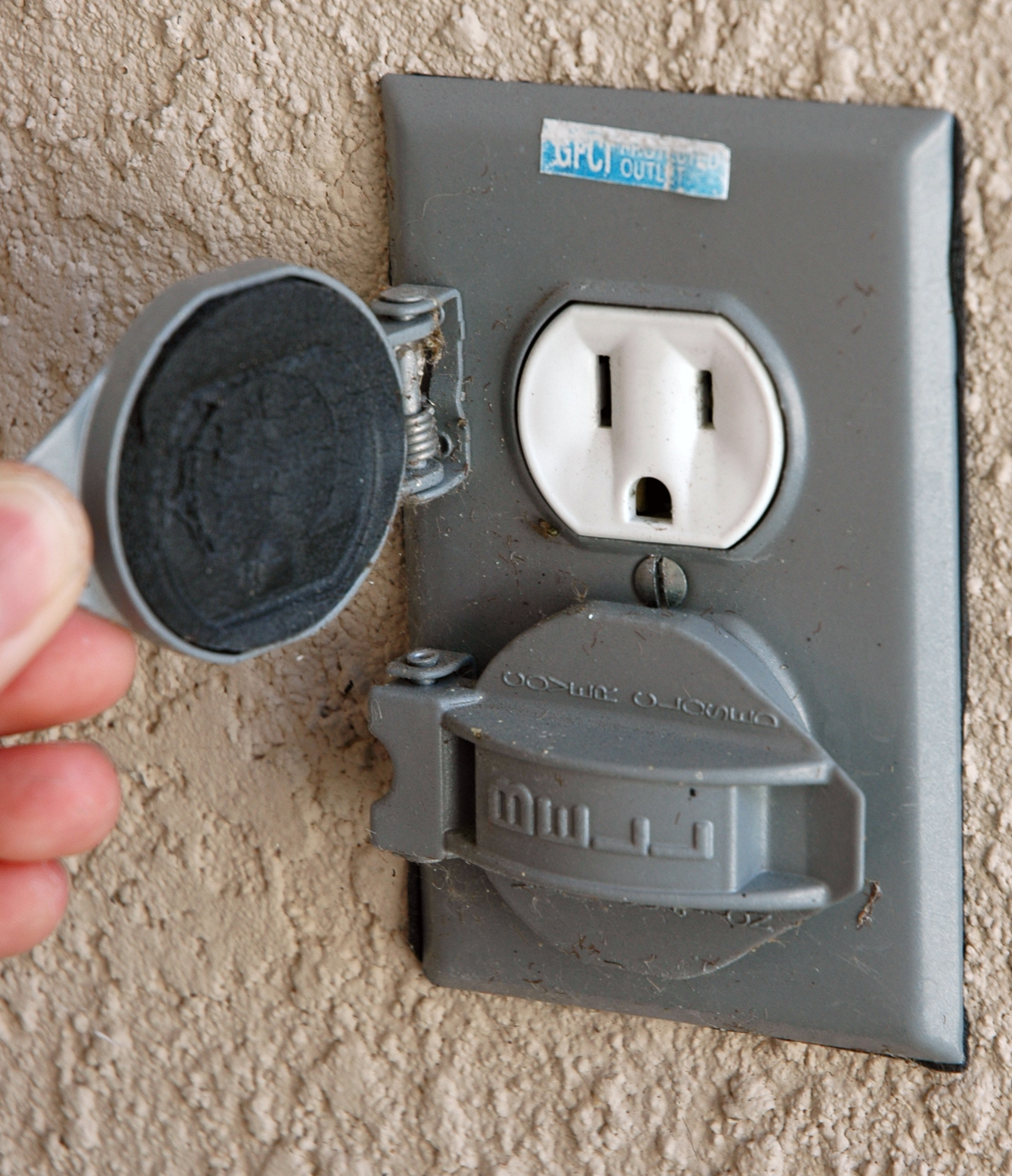 File American Outdoor Electrical Wikimedia Commons