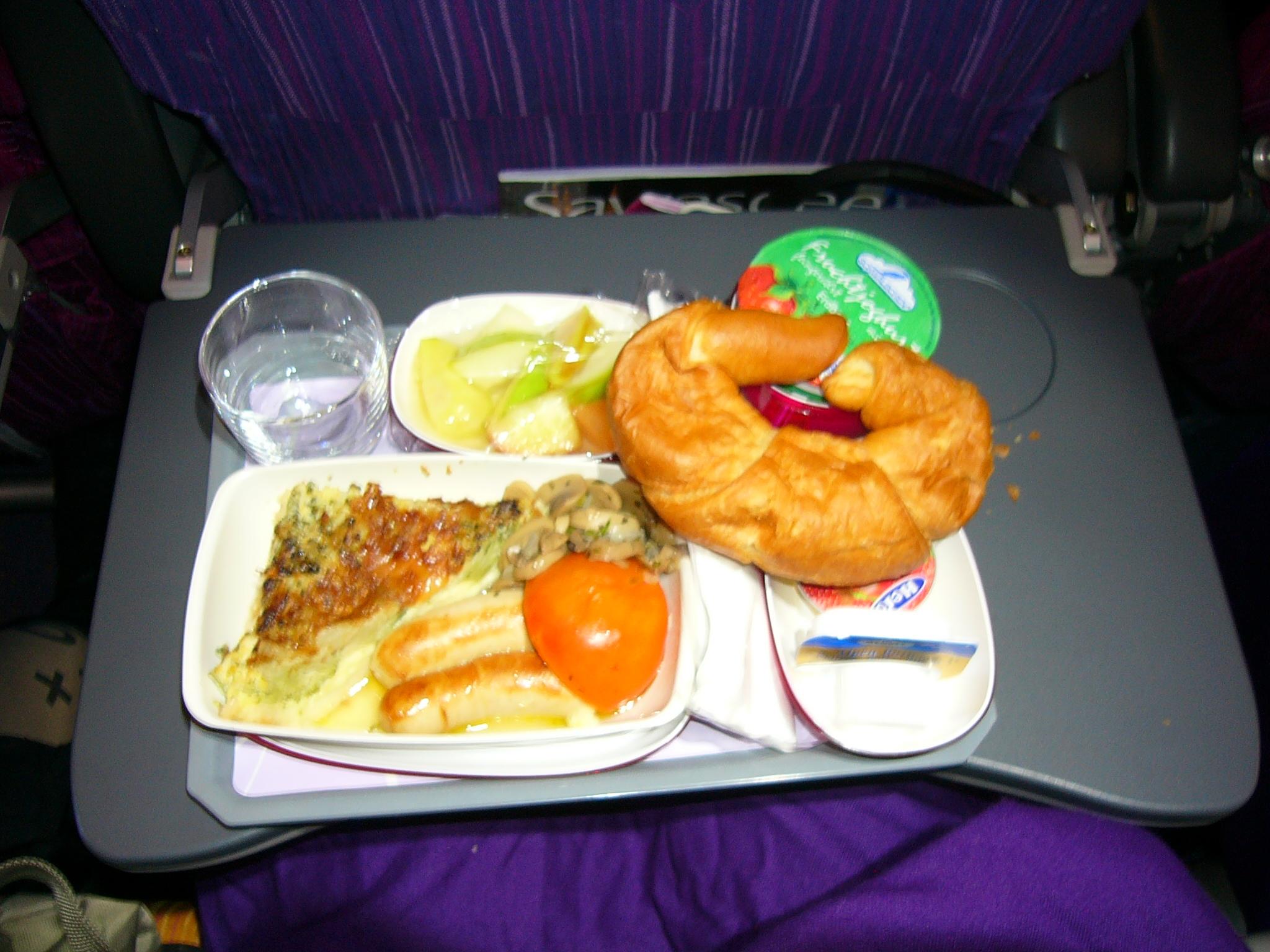 File breakfast airline meal thai airways jpg wikimedia for Air thai cuisine