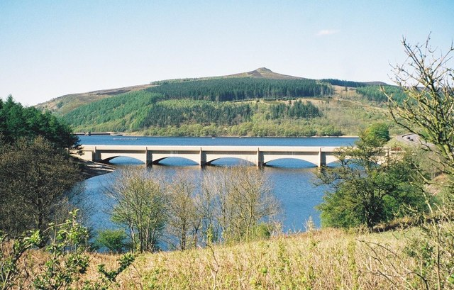 Bridge carrying the A6013 over Ladybower - geograph.org.uk - 493405