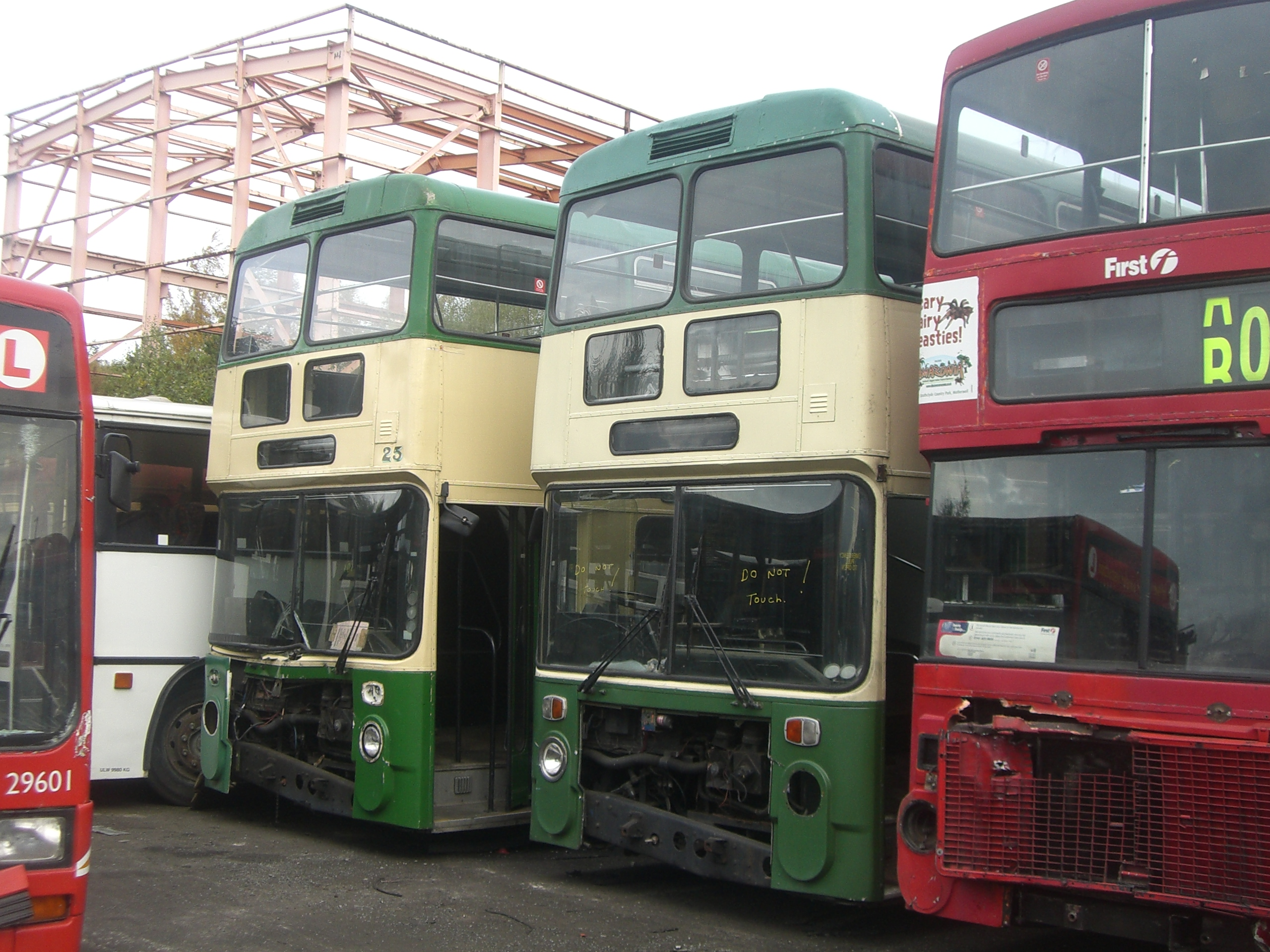 File:Buses at PVS Barnsley breakers, 11 October 2008.jpg - Wikimedia Commons