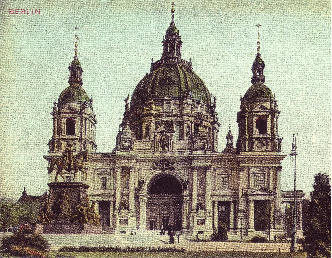 View of Berliner Dom in Berlin, around 1900.