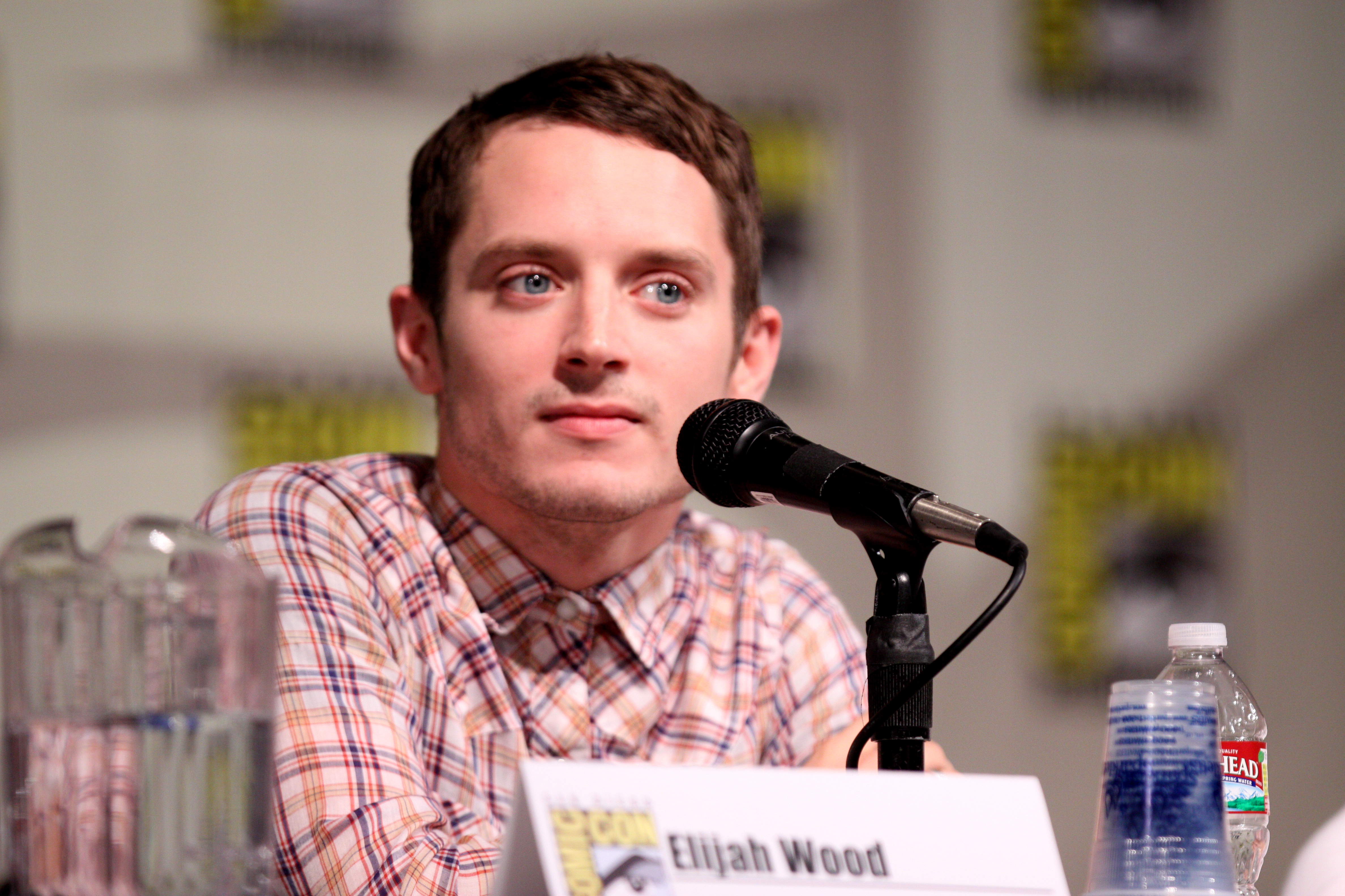 Elijah woods x jamie fine open up about life after ain't easy