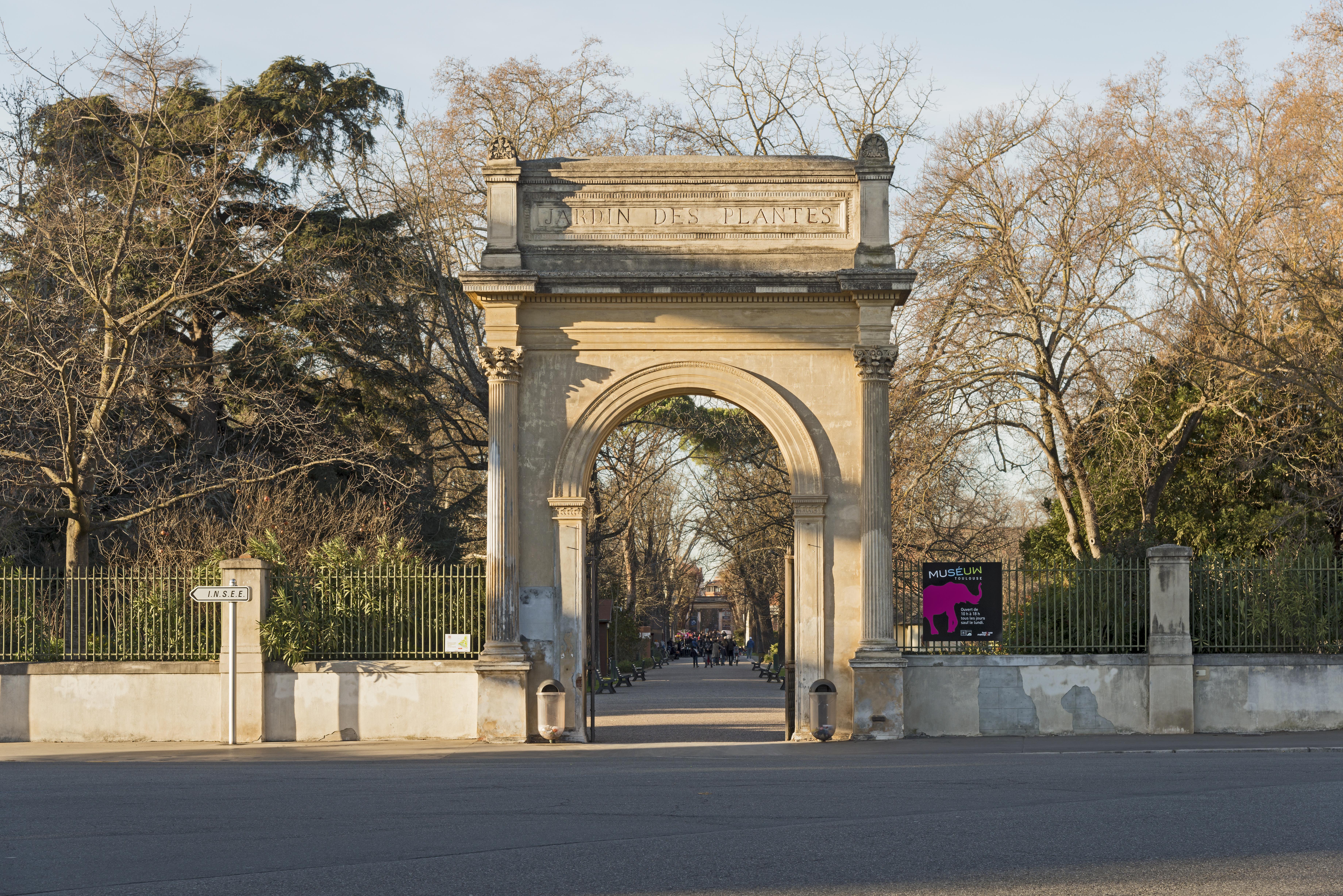Fichier:Entrée - Jardin des Plantes de Toulouse (Sud Est ...