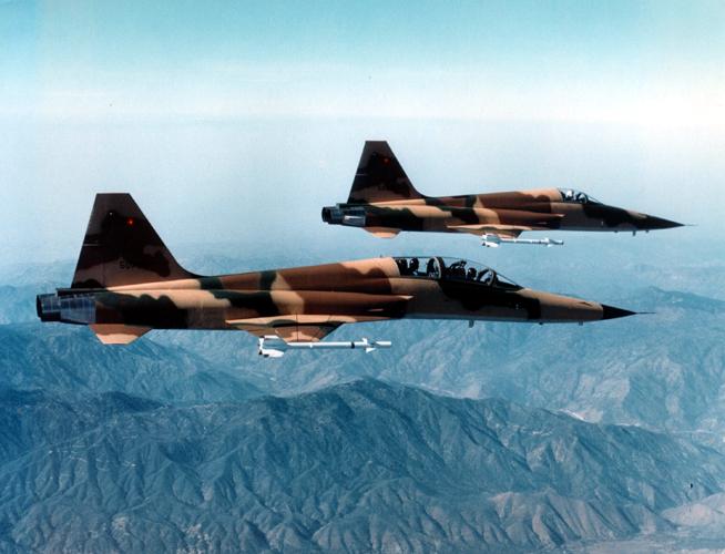 F-5.jpg