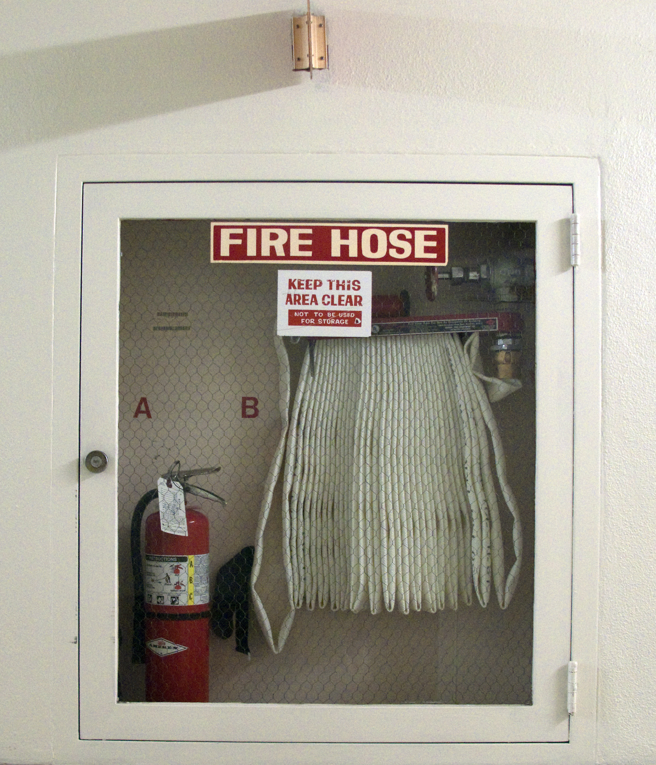 File:Fire Hose Cabinet On Wall