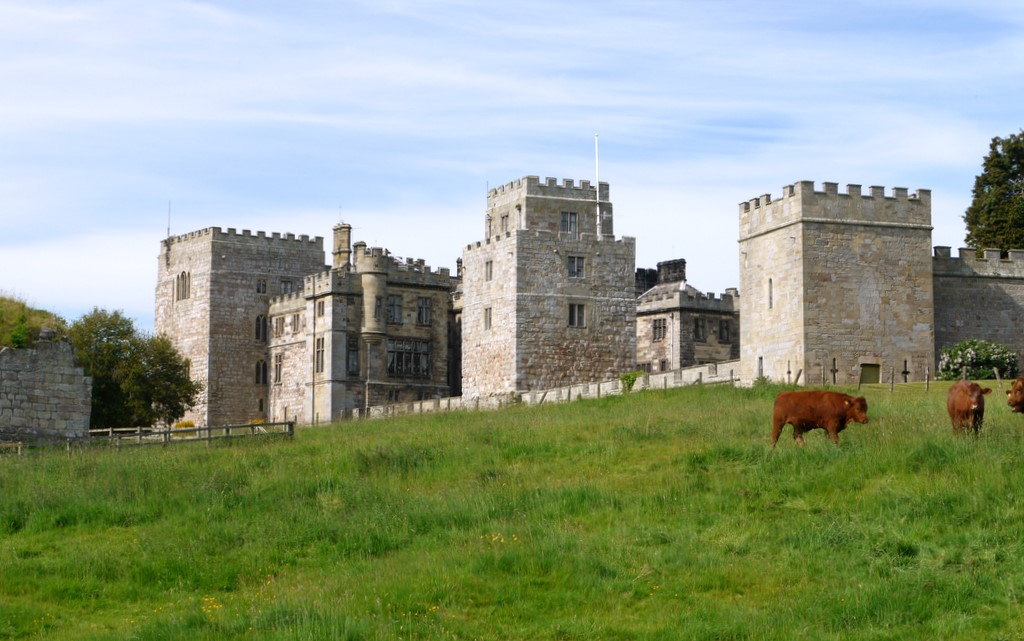 Ford Castle - geograph.org.uk - 1899644.jpg