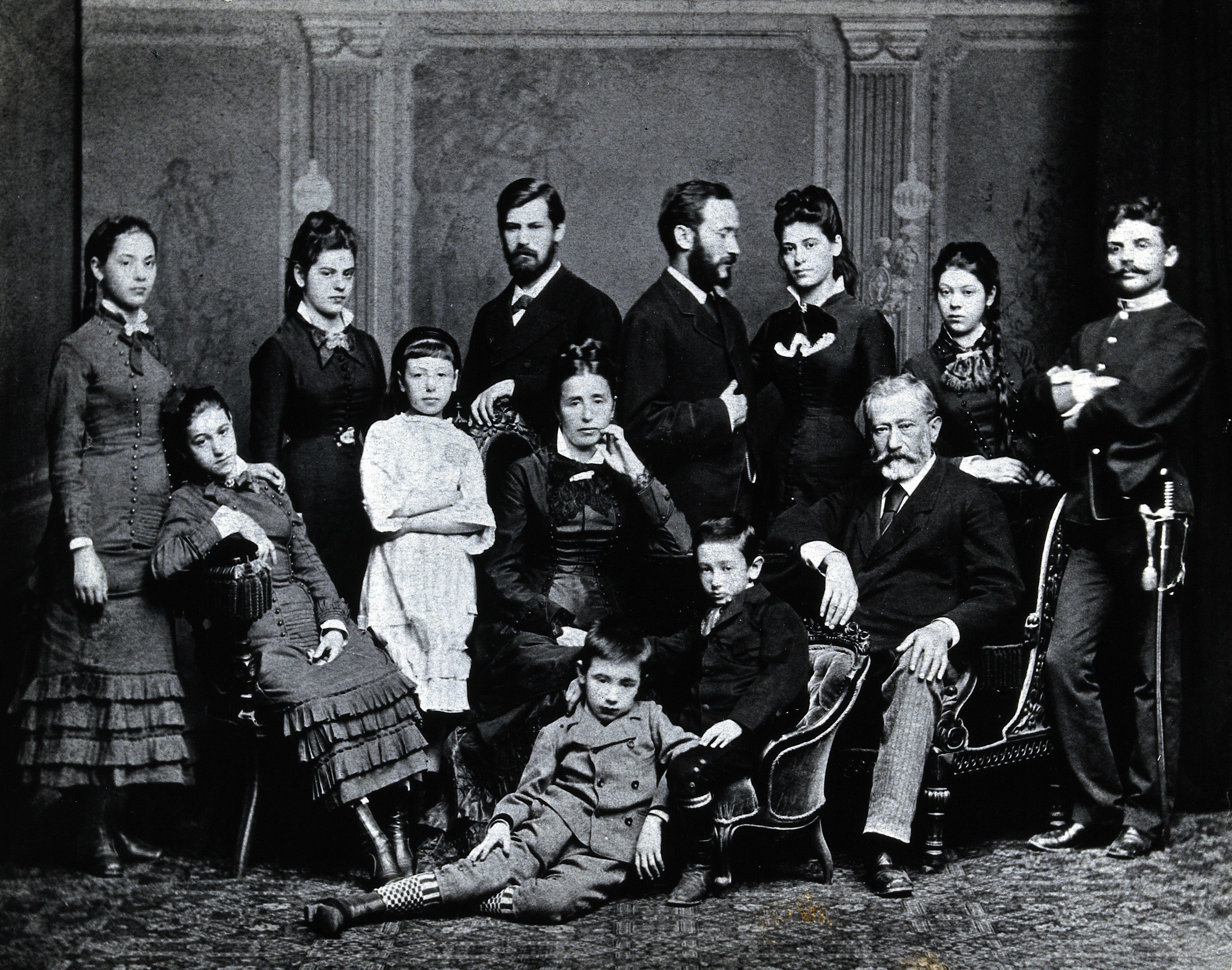 file freud family group photograph c 1876 wellcome v0027598 jpg